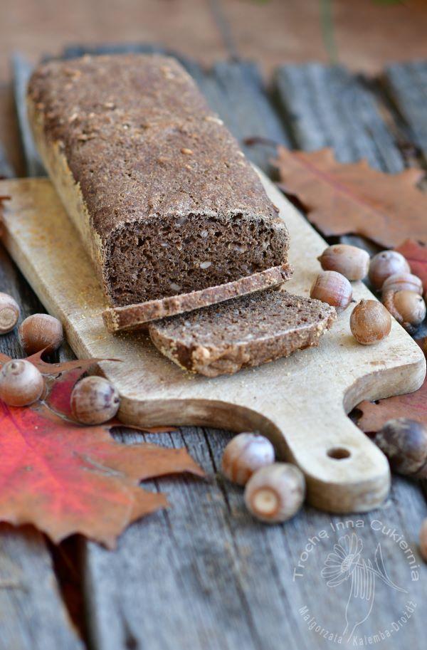 chleb żołędziowy, chleb z mąki z żołędzi, acorn bread, aceron flour
